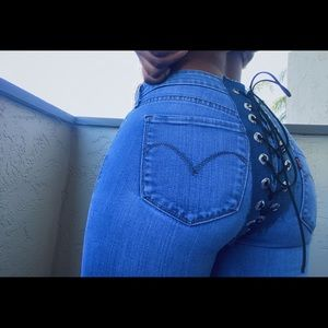 Laced Levi's